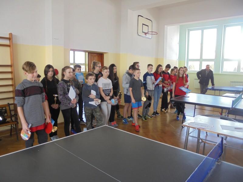 Sukces Martyny i Weroniki w Turnieju Ping-Ponga.