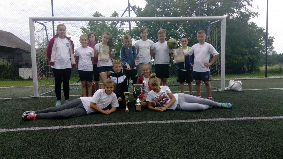 Puchar zdobyty Walawa najlepsza w Gminie Orły!!!!!!